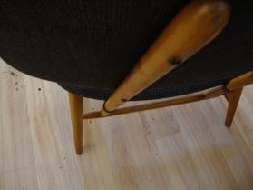Omklädd te-ve stol